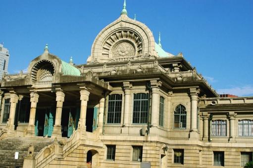 築地本願寺の本堂のパイプオルガンによるコンサート